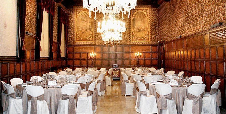 Celebra el teu casament a Barcelona envoltat de seda